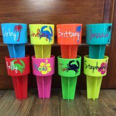VinylGifts shared a new photo on Etsy Palm Tree Flowers, Beach Hacks, Beach Ideas, Beach Cups, Beach Gifts, Vinyl Gifts, Beach Design, Beach Accessories, Beach Trip