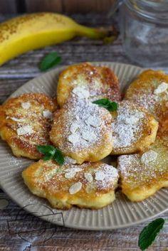 Zdjęcie: Bananowe placuszki z kaszy manny Food Inspiration, Cake Recipes, Breakfast Recipes, French Toast, Pancakes, Cooking Recipes, Sweets, Pierogi, Passion