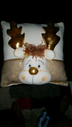 Snowman Christmas Ornaments, Homemade Christmas Decorations, Christmas Applique, Christmas Centerpieces, Felt Ornaments, Felt Christmas, Handmade Christmas, Christmas Time, Christmas Crafts