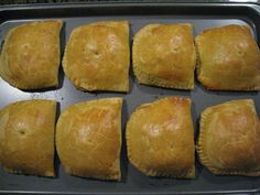 This is a great recipe for authentic tasting Jamaican Patties; delicious golden pastry filled with curried beef and spices. The filling for this recipe can easily be modified if you prefer chicken or vegetable patties.the possibilities are. Jamaican Cuisine, Jamaican Dishes, Jamaican Recipes, Beef Recipes, Cooking Recipes, Guyanese Recipes, Jamaican Curry, What's Cooking, Jamaican Beef Patties