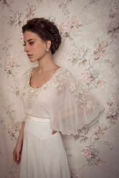 Bridal Earrings, Silver bride jewelry, Rhinestone and Pearl Earrings, Swarovski's crystals Jewelry, Silver studs, Vintage, Wedding Accessory