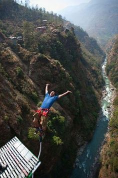 My back wouldn't survive this. Or my heart. But what a great picture. Bungee in Nepal Would you dare?