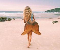 Mermaid, beach, and girl image backgrounds пляж, русалка ve Mermaid Cove, Mermaid Tails, Mermaid Beach, Mermaid Sign, The Last Summer, Mermaid Photos, Ideal Body, Merfolk, Portraits