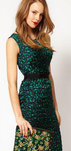 speckled emerald dress. love! #coloroftheyear