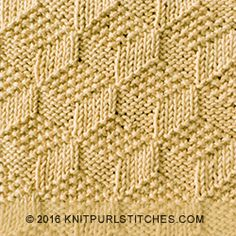 Tumbling Moss Blocks is a reversible stitch. Beautiful square and both sides look exactly the same. Just KNIT & PURL. Knitting Squares, Beginner Knitting Patterns, Dishcloth Knitting Patterns, Knit Dishcloth, Knitting Designs, Knit Patterns, Stitch Patterns, Knit Purl Stitches, Knitting Stiches