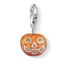 October is peak pumpkin season. What is your favorite tasty treat? Thomas Sabo charms:http://bit.ly/19BMVjN— at My Jewellery Shop.