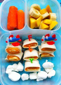 Flying Friday Airplane - RachelsRandom.com. #bento #vegetarian #easylunchboxes @Kelly Lester / EasyLunchboxes