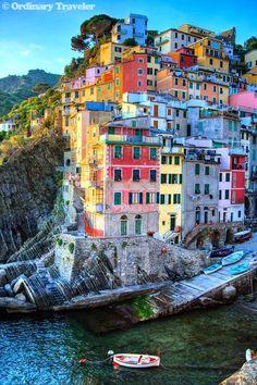 Un'esplosione di colori: siamo alle cinque terre! #Liguria #Italia #RioMaggiore
