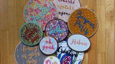 45 cadeaux de Noël à faire soi-même • Hellocoton Diy Cadeau Noel, Decorative Plates, Creations, Sewing, Education, Crochet, Inspiration, Handmade Gifts, Gift Ideas