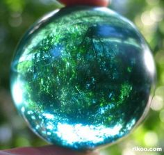 Ocean Blue Obsidian Sphere Crystal Ball from volcano lava pouring into ocean or lake water. Cool Rocks, Beautiful Rocks, Minerals And Gemstones, Rocks And Minerals, Crystal Sphere, Crystal Ball, Mineral Stone, Rocks And Gems, Stones And Crystals