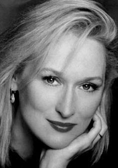 Ribbit ! Ribbit ! I'm a frog ! Meryl Streep is so beautiful ! She's pretty enough to be a princess ! If she kissed me, I'd turn into a prince !