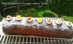 Brazo de gitano de chocolate, nata y frutas