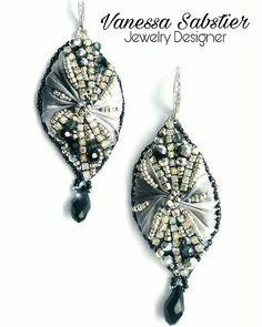 Orecchini seta shibory e beads embroidery Guarda questo articolo nel mio negozio Etsy https://www.etsy.com/it/listing/525274988/earrings-samantha