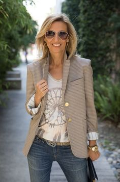On the blog today our new Italian Made tan graphic top styled two ways: with our Watson Houndstooth Blazer for a chic look or Botanical Poncho for a casual look. All featured pieces are part of our WEEKEND FLASH SALE! . Get 15% off with code FS61 plus Free US Shipping www.jacketsociety.com