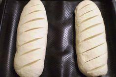 Pâine de casă, gata în doar 30 de minute - cu miez moale și pufos, iar crusta rumenă și ușor crocantă te va cuceri! - Bucatarul Romanian Food, Just Bake, Bread Recipes, Barley Recipes, Ale, Food And Drink, Healthy Recipes, Baking, Breads