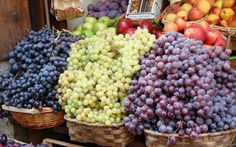Luscious Grapes #Rome, #Italy, #travel, #pinsland, https://apps.facebook.com/yangutu/travelbuddies