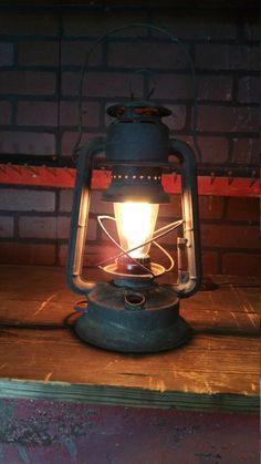 Lantern Desk LAMP