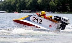 Tunnel Boat racer | ... mn july 2012 the dillon ez tunnel is a 10 10 long tunnel boat designed