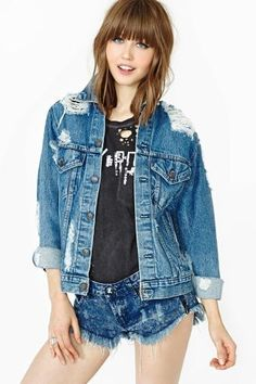 Totally essential vintage Levi's denim jacket that has been reworked into the raddest denim jacket that has ever lived. Ultra distressed all over, cut-outs at shoulders. By After Party by Nasty Gal. Fall Jackets, Jackets For Women, Clothes For Women, Clothes Encounters, Vintage Levis Denim Jacket, Love Jeans, Warm Outfits, Womens Fashion Online, Fashion Outfits