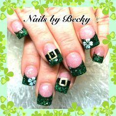 St Patrick Day Nail Art Luxury St Patricks Day Holiday Acrylic Nails Many women prefer to go to the hairdresser … Holiday Acrylic Nails, Holiday Nail Art, Valentine Nail Art, Fingernail Designs, Nail Art Designs, Nails Design, Fancy Nails, Trendy Nails, Irish Nails