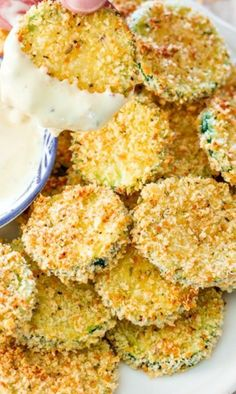 Baked Parmesan Zucchini Crisps Recipe ~ Says: they came out nice and crispy and if you didn�t know better you�d think they were fried!