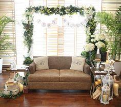 ナチュラルウェディングがテーマの高砂ソファの装飾事例 | marry[マリー] Wedding Stage, Lounge Areas, Photo Booth, Rustic Wedding, Backdrops, Arch, Weddings, Couples, Natural