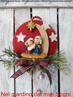 Nativity Ornament / Felt Nativity Christmas Tree by CraftsbyBeba Nativity Ornaments, Felt Christmas Ornaments, Christmas Nativity, Handmade Ornaments, Christmas Time, Christmas Wreaths, Christmas Wood Crafts, Xmas Tree Decorations, Felt Crafts