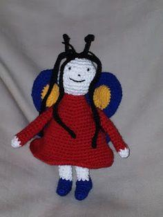 Szorgos kezek: Horgolt Pihe a Bogyó és Babóca sorozatból Amigurumi Doll, Amigurumi Minta, Berries, Snoopy, Dolls, Christmas Ornaments, Holiday Decor, Crochet, Blog