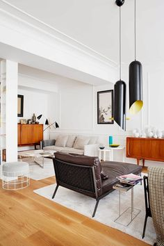 Eclectic Sensational Apartment With Mid-Century Furniture   DigsDigs