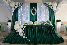Loving the green,its so elegant
