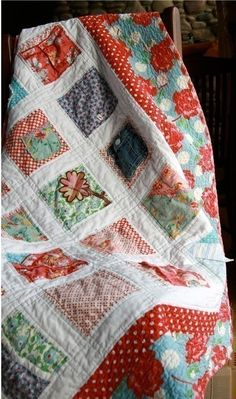 keepsake quilt: gorgeous quilt made with baby clothes, you can buy this pattern from the Etsy seller too.