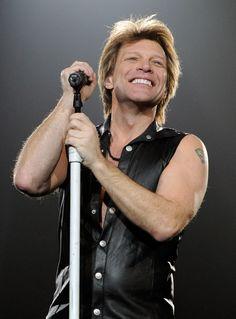 Jon Bon Jovi Photo - Bon Jovi Performs At The MGM Grand