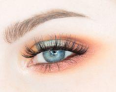 Makeup Geek Eyeshadows in Chickadee, Peach Smoothie and Roulette + Makeup Geek Full Spectrum Eye Liner Pencil in Espresso + Makeup Geek Sparklers in Light Year and Solstice. Look by: rebeccashoresmua