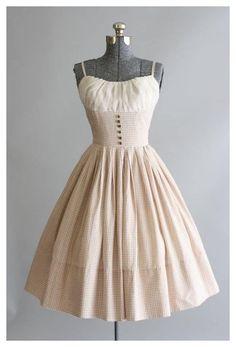 Robes D'inspiration Vintage, Vintage 1950s Dresses, Vintage Inspired Dresses, Vintage Outfits, Vintage Clothing, 1950s Style Dresses, 50s Style Clothing, 1950 Style, Pretty Outfits
