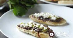 Tlacoyitos rellenos de chicharrón al estilo de Sonia Ortiz por Cocina al natural