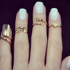 white nails with knuckle rings and nail ring Mid Rings, Small Rings, Jewelry Accessories, Fashion Accessories, Jewelry Trends, Unique Jewelry, Nail Ring, Ring Ring, Gold Ring
