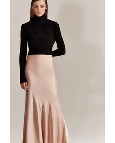 Image 1 of STUDIO BACKLESS RIBBED SWEATER WITH A SIDE TIE from Zara