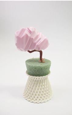 amy santoferraro - found item sculpture