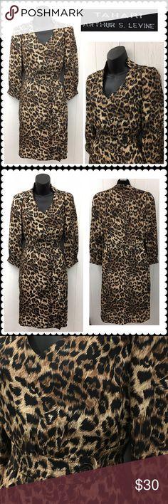 "TAHARI Animal Print Career Dress Sz 4 Gorgeous dress by TAHARI. Cheetah print. V neck line. 3/4 sleeve. Fully lined. Hidden side zipper for entry. Slippery, satin fabric. Slimming. Great for work. Size 4 (17"" across chest, 37"" shoulder to hem) Tahari Dresses Midi"