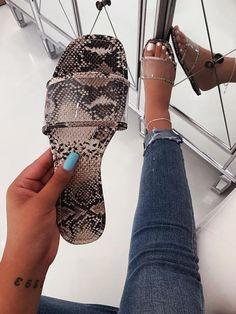 Bling Sandals, Trendy Sandals, Shoes Flats Sandals, Cute Sandals, Shoe Boots, Jelly Sandals, Fancy Shoes, Pretty Shoes, Cute Shoes