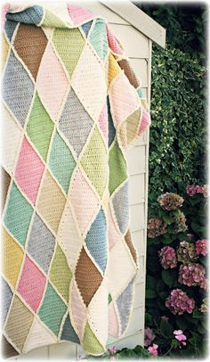 harlequin #crochet blanket - pastel version by Coco Rose Diaries - original pattern by Wood & Wool - digital download on purchase