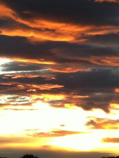 Strong colours in the sky of #maremma, picture by Cecilia Rosa, #tuscany, #italy