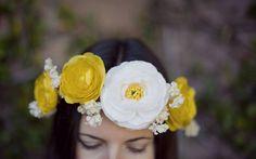 Como fazer uma linda coroa de flores