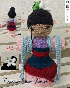 #Repost @lis.crochet with @repostapp  Para los amantes de la cultura oriental... Una Mulan de 25cm... Entregas personales en Monterrey y envíos a toda la República Mexicana... #tejiendosueñoskawaii #instacrochet #mexico #instagood #handmade #hechoamano #hechoenmexico #monterreynl  #princesas #mulan#handmade by ideartemexico
