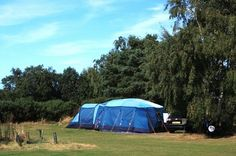 A choice of pitches we also have hot showers, washing facilities, individual cubicles, toilets and razor points