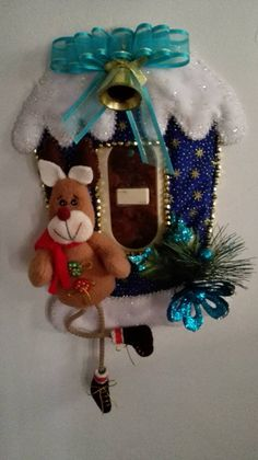 Christmas Holidays, Christmas Wreaths, Christmas Crafts, Christmas Decorations, Xmas, Christmas Ornaments, Holiday Decor, Felt Ornaments, 4th Of July Wreath