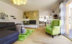 Wohn- und Essbereich ausgestattet von Licht+Design Skapetze