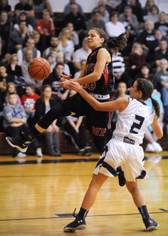 Sarah Harr scored 13 points and Aaliyah Currence added 11 as the New Philadelphia Quakers earned a tough 43-42 road win over Fairless in girls high school