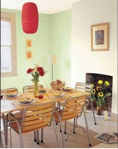 couleur-salle-a-manger-harmonie-de-vert-amande-et-rouge