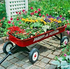 25 Creative Garden Containers